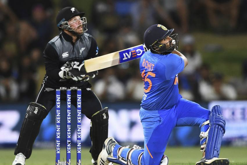 Rohit Sharma retires hurt on 60 as India set New Zealand 164-run target