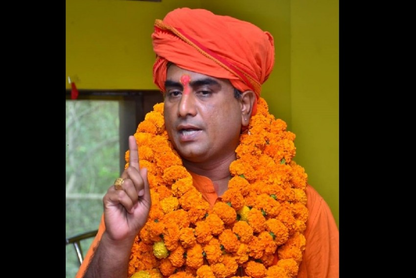Four Police Personnel Suspended After Hindu Outfit Leader Killed In Lucknow