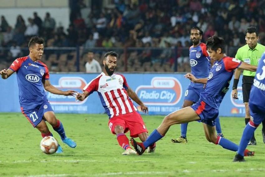 ISL: Late Goals Help ATK Hold Hodlers Bengaluru FC