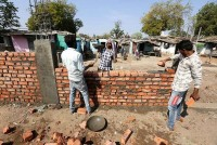 Potemkin Effect: 'The Wall' In Ahmedabad To Hide Poverty From Trump