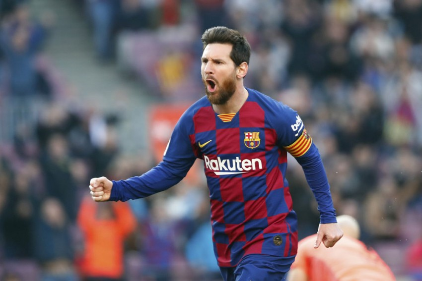 Defiant Lionel Messi Gives Troubled Barcelona Hope Of Champions League Glory