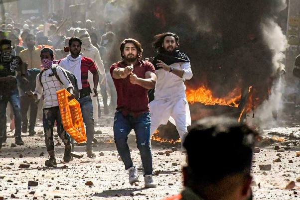 In Photos: Violence Rocks Northeast Delhi As Pro And Anti CAA Groups Clash