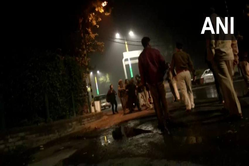 Outside Kejriwal's Residence, Police Use Water Cannons To Disperse JNU & Jamia Students