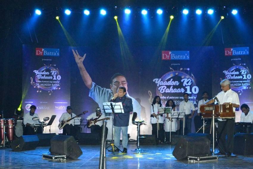 Dr Mukesh Batra Sings For Destitute Widows