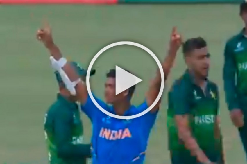 IND Vs PAK: Sensational Yashasvi Jaiswal 'Finishes Off' Pakistan's ICC U-19 World Cup Campaign With A Six - WATCH