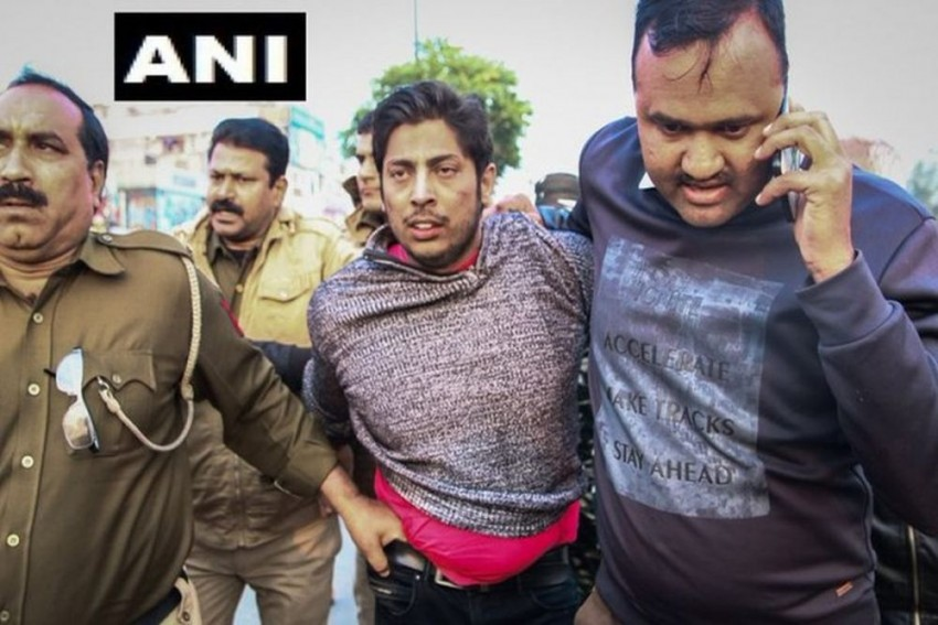 Man Who Opened Fire At Shaheen Bagh Has Links With AAP: Delhi Police