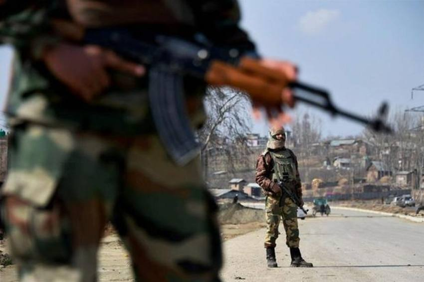 3 Militants, 1 CRPF Jawan Killed In Gunbattle Near Srinagar; Family Disputes Police's Claim About 3rd