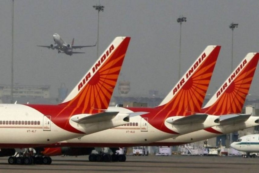 Air India Has To Recover Over Rs 822 Crore For Providing VVIP Charter Flights: RTI