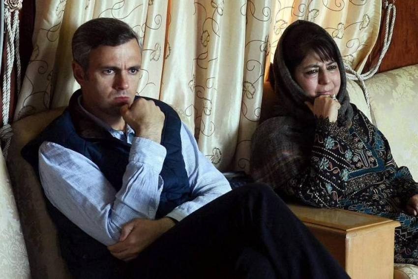 Omar Abdullah, Mehbooba Mufti Booked Under Public Safety Act