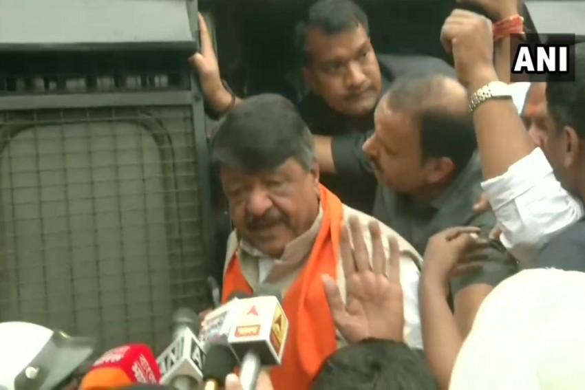 Kailash Vijayvargiya, Other BJP Leaders Taken Into Custody Before Pro-CAA Rally In Kolkata