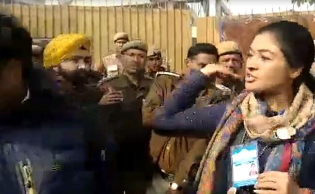 Watch: Congress Candidate Alka Lamba Tries To Slap AAP Worker