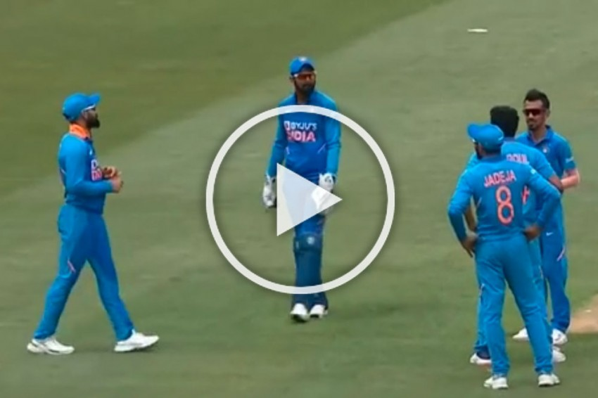NZ Vs IND, 2nd ODI: Yuzvendra Chahal Saves Virat Kohli From Committing Embarrassing Mistake - WATCH