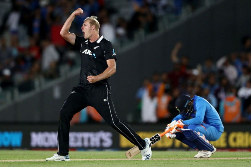 2nd ODI: New Zealand Defeat India By 22 Runs To Seal Series At Eden Park