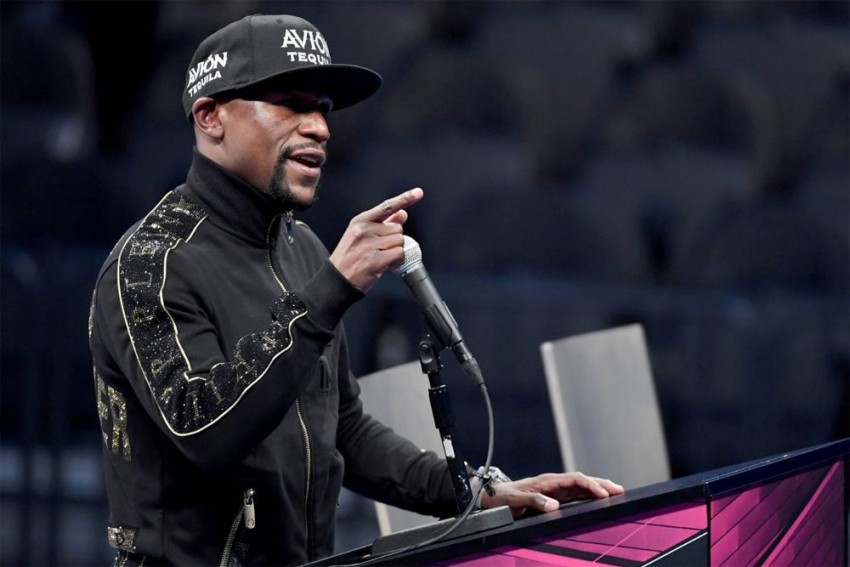 Floyd Mayweather Teases Interest In Buying Newcastle United