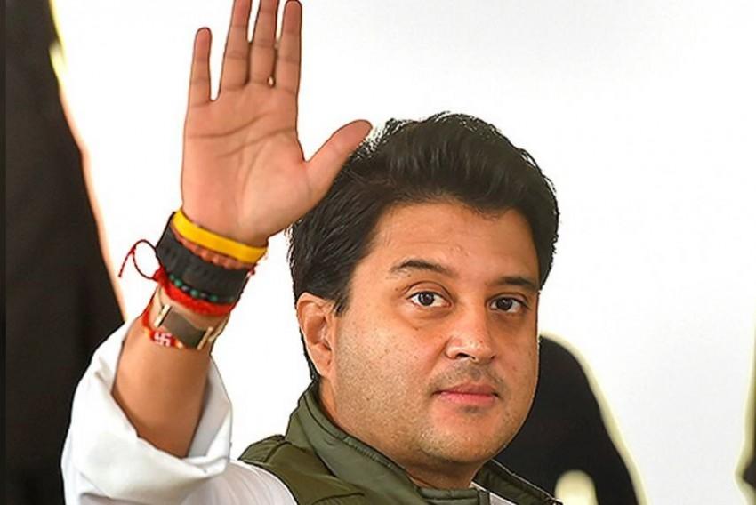 Jyotiraditya Scindia Meets PM Modi, Amit Shah In Delhi; Resigns