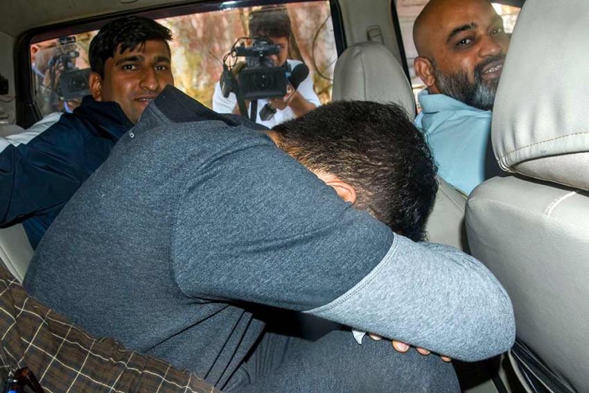 PFI Delhi Chief, Secretary Arrested For Instigating And Funding Delhi Riots