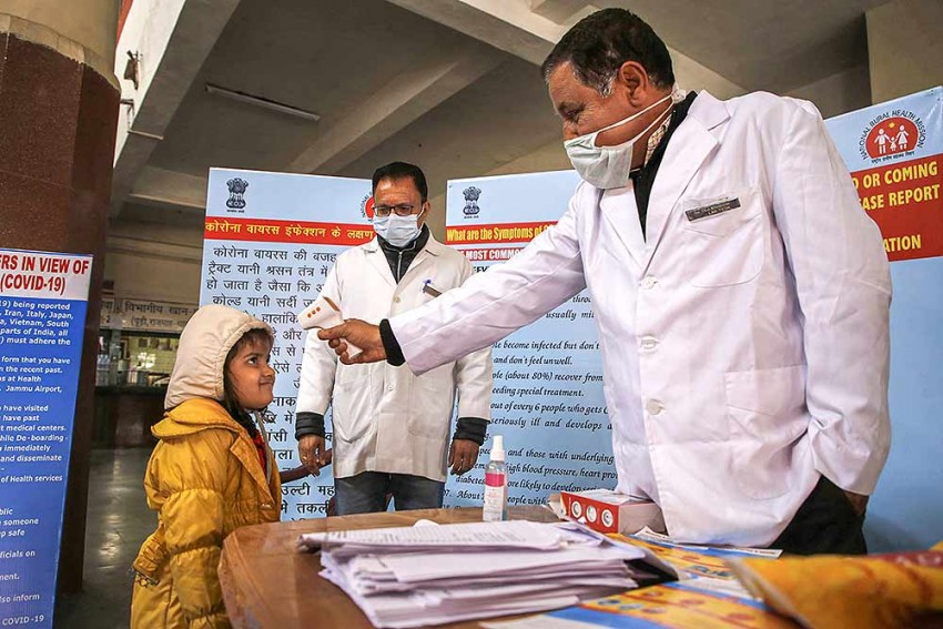 Coronavirus: Doctors In Kashmir Ask People Not To Visit Hospital Unless Necessary