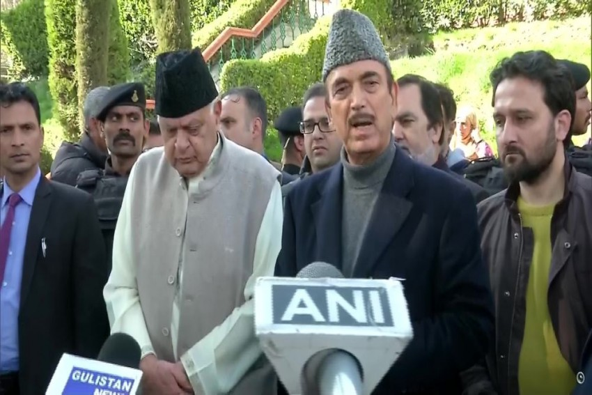 Release All Leaders, Conduct Elections In J&K: Ghulam Nabi Azad