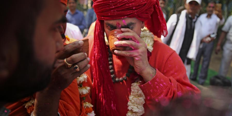 'Cow Urine Is Pure Elixir': To Fight Coronavirus, Hindu Mahasabha Hosts 'Gaumutra Party'