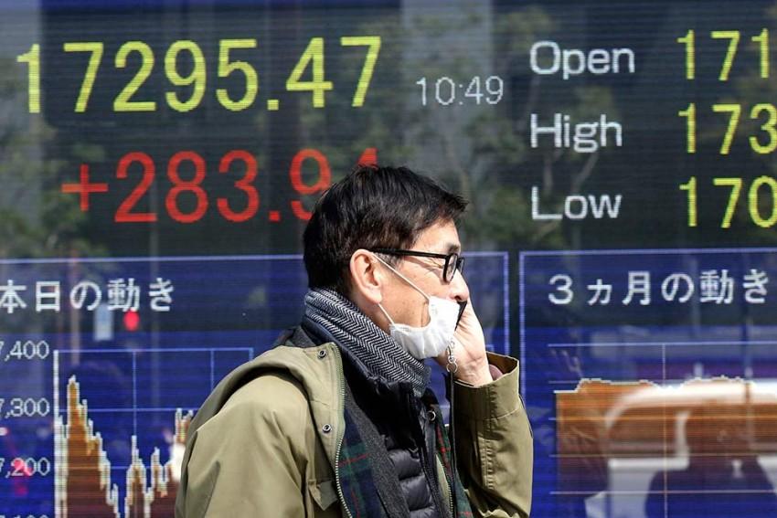 Markets Sink To 3-year Low; Sensex Falls Below 29,000; Nifty Under 8,500