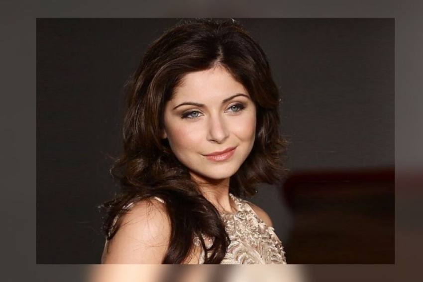 Baby Doll Singer Kanika Kapoor Infected With Coronavirus; The London Return Hosted A Party For 100 People
