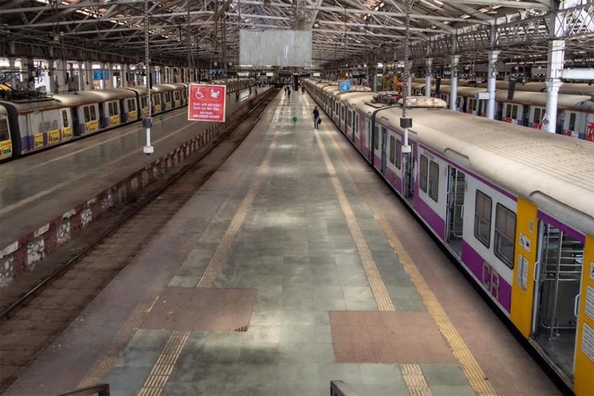 Coronavirus: Offices in Mumbai, Pune Shut till March 31; Essential Services Open
