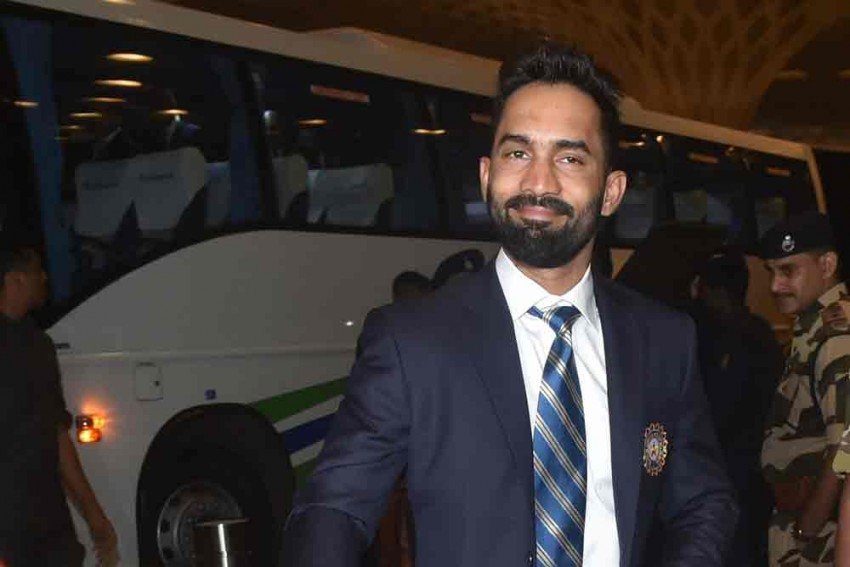 Dinesh Karthik Takes To Shadow Practice, Meditation In Self-Isolation