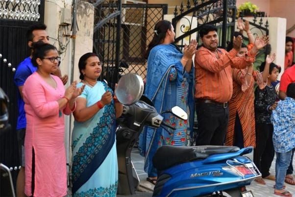 PM Modi Thanks People For Expressing Gratitude Towards Those Fighting Coronavirus