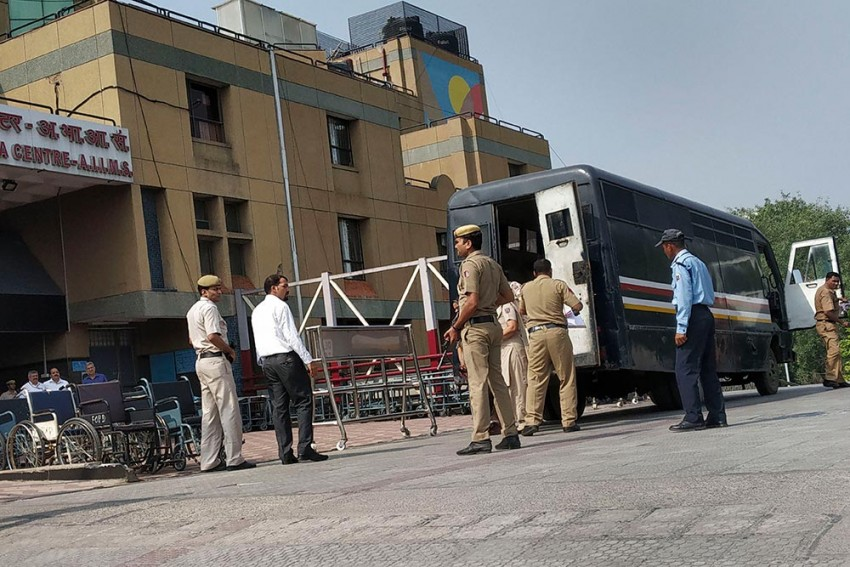 AIIMS To Shut Down OPD From March 24 Till Further Notice As Coronavirus Cases Surge