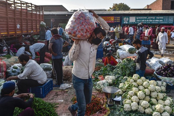 Economists, Activists Urge Govt For Rs 3.75 Lakh Crore Coronavirus Relief Package For Poor