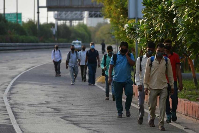 Coronavirus: Stop Mass Exodus Of Migrant Labourers, MHA Asks States Amid Lockdown