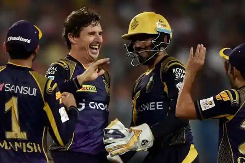 Who Are The Best Powerplay Batsmen In IPL - Brad Hogg Is Ready To Surprise You