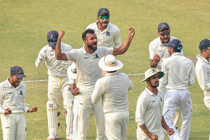Ranji Trophy: Bengal Hammer Karnataka To Storm Into Final After 13 Years