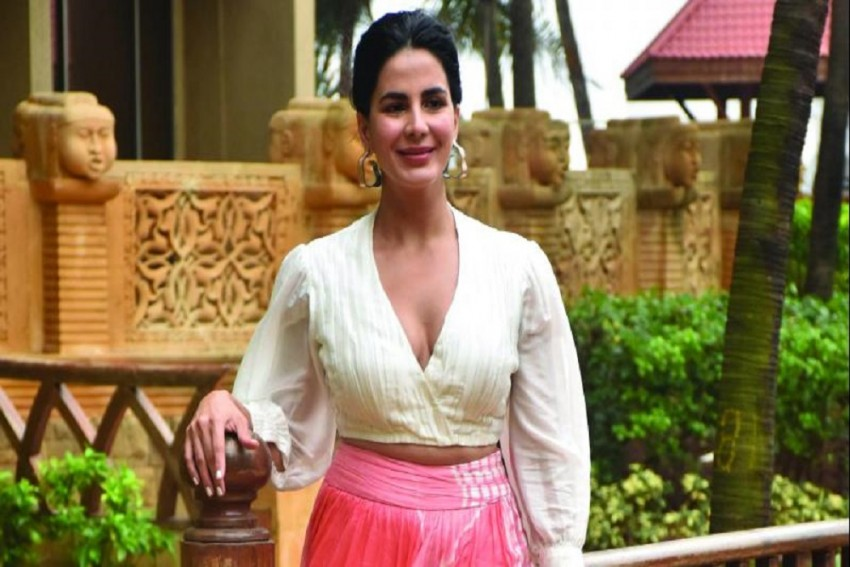 Kirti Kulhari Spends Time With The Special Children In Churu, Rajasthan!