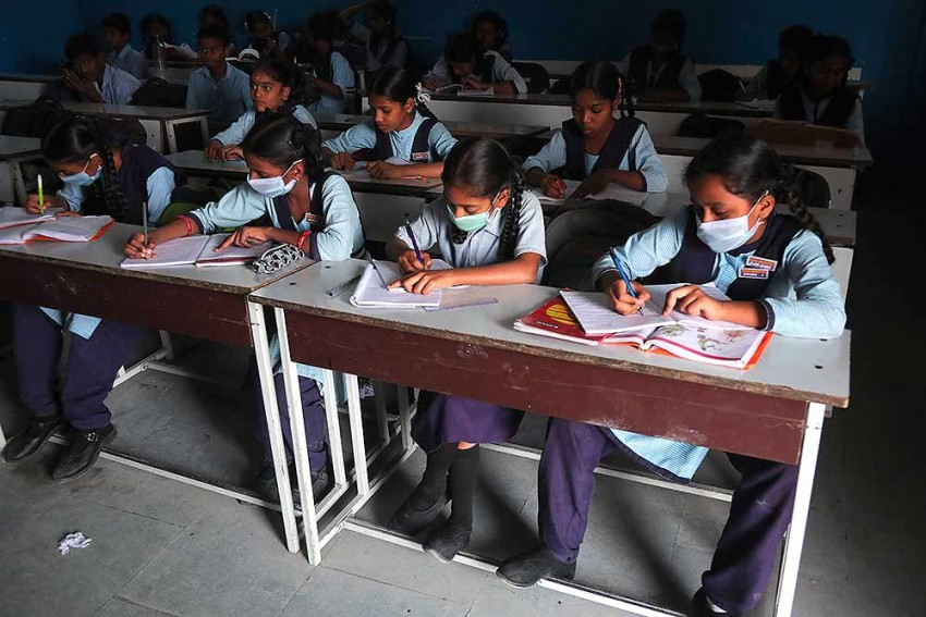 Coronavirus: Delhi Govt To Promote Students Till Class 8 Without Exams