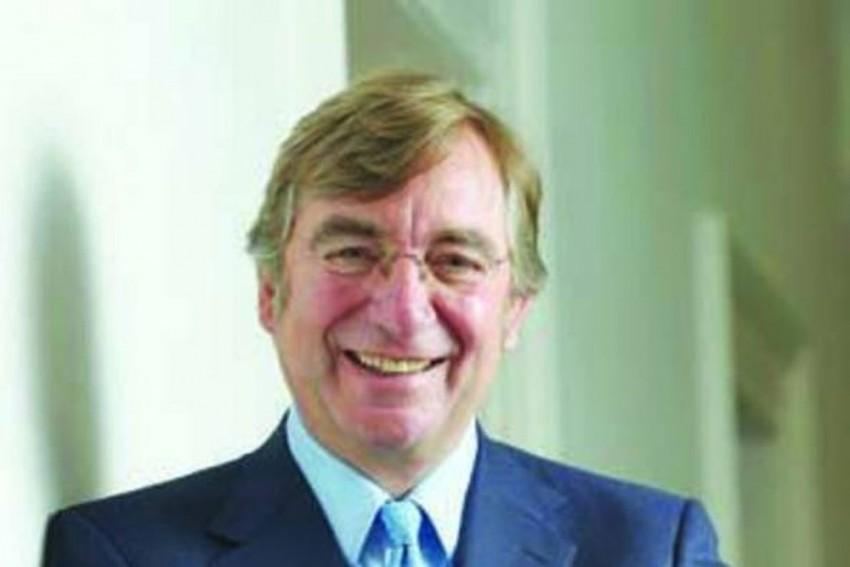 Lancashire Cricket Club Chairman David Hodgkiss Dies With COVID-19