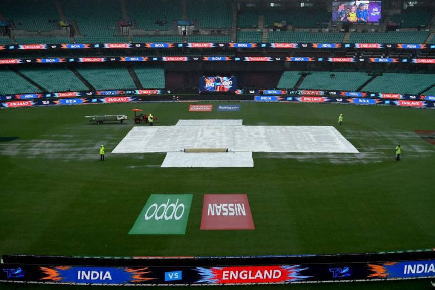 ICC Women's T20 Cricket World Cup: India Reach Maiden Final After Semifinal Vs England Gets Washed Out