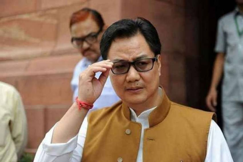 Avoid Handshakes! Sports Minister Kiren Rijiju Warns Indian Athletes To Be Extra Cautious As Coronavirus Surges