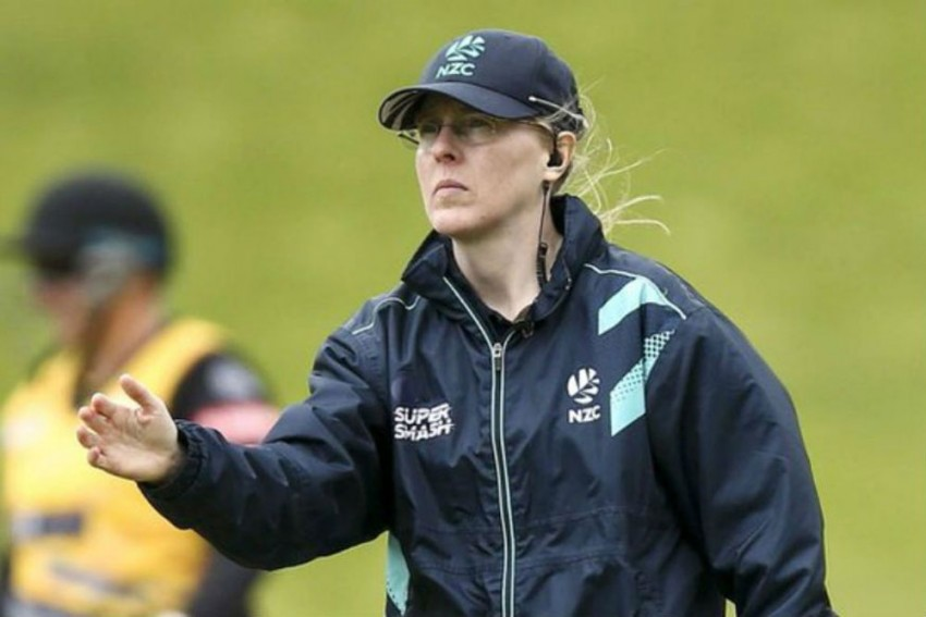 ICC Women's T20 World Cup, Final: A World-First For Kiwi Kim Cotton