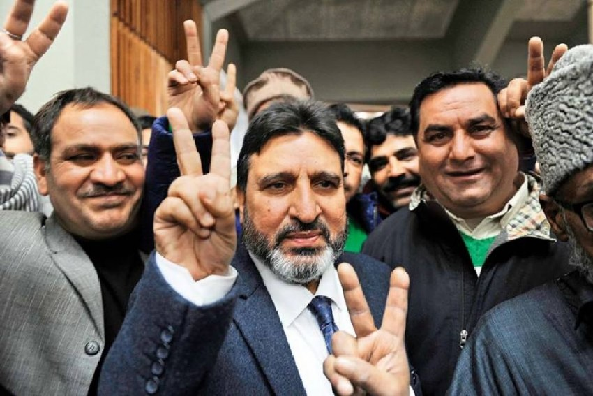 Kashmir's New Political Party Draws Inspiration From The Man Who 'Betrayed' Sheikh Abdullah