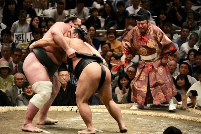 Japan's Sumo Association Confirms Its First Coronavirus Case