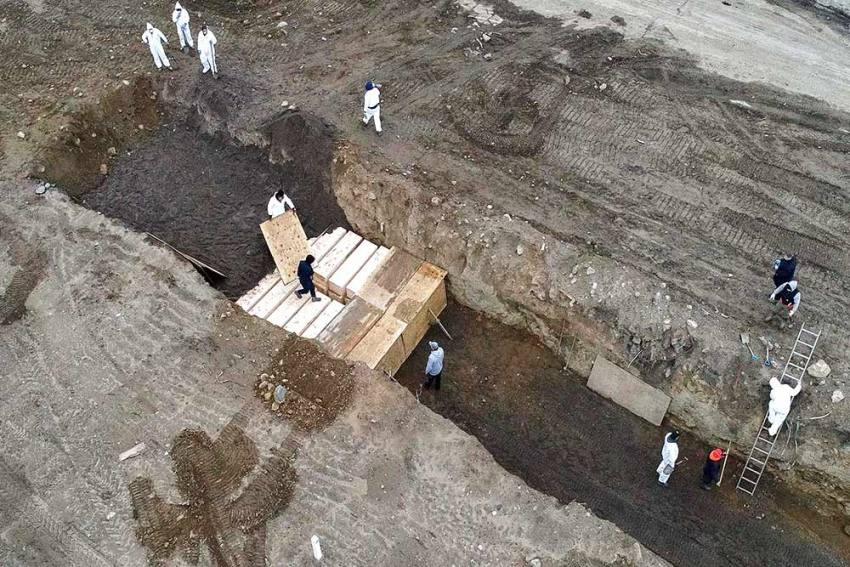 New York Quickly Buries Unclaimed Bodies To Clear Space For More COVID-19 Victims