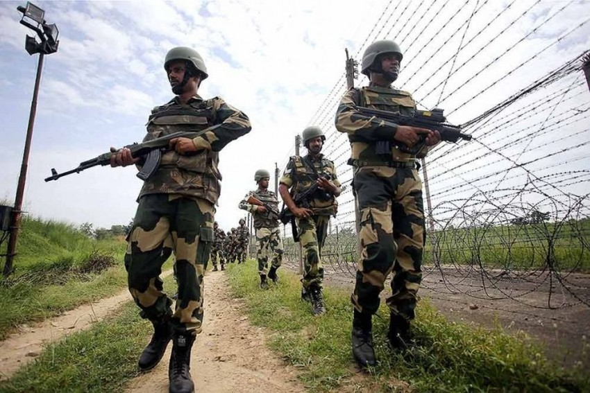 Pakistan Violates Ceasefire Along LoC For 7th Day, 3 Civilians Killed