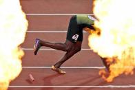 You Can't Beat This: Usain Bolt Goes Viral With Truly Epic 'Social Distancing' Photo - Unreal Reactions