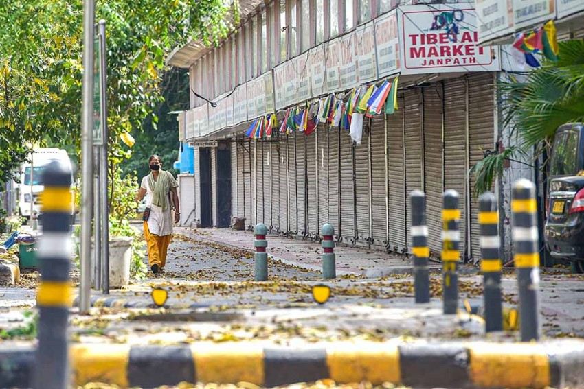 COVID-19: India Sees Nearly 10,000 Cases, Over 300 Deaths In 21 Days Of Lockdown