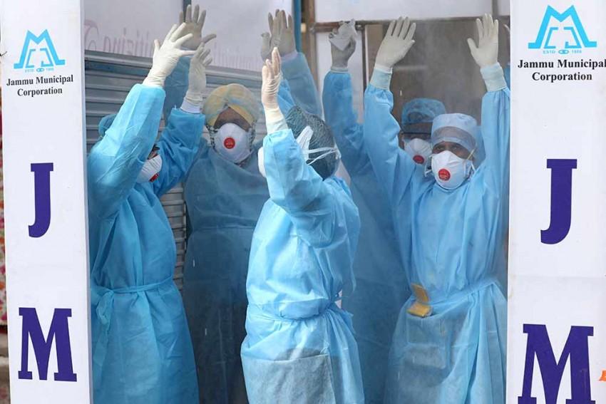 Govt Earmarks 602 Hospitals As Dedicated COVID-19 Facilities As Cases Soar Past 10,000 Mark