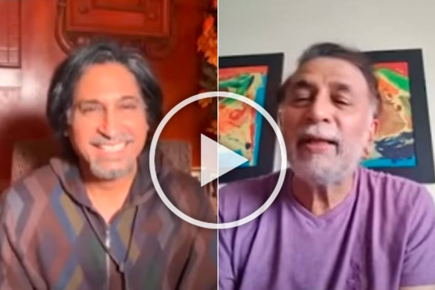 Hilarious! Sunil Gavaskar Takes Dig At Shoaib Akhtar During Chat With Ramiz Raja - WATCH