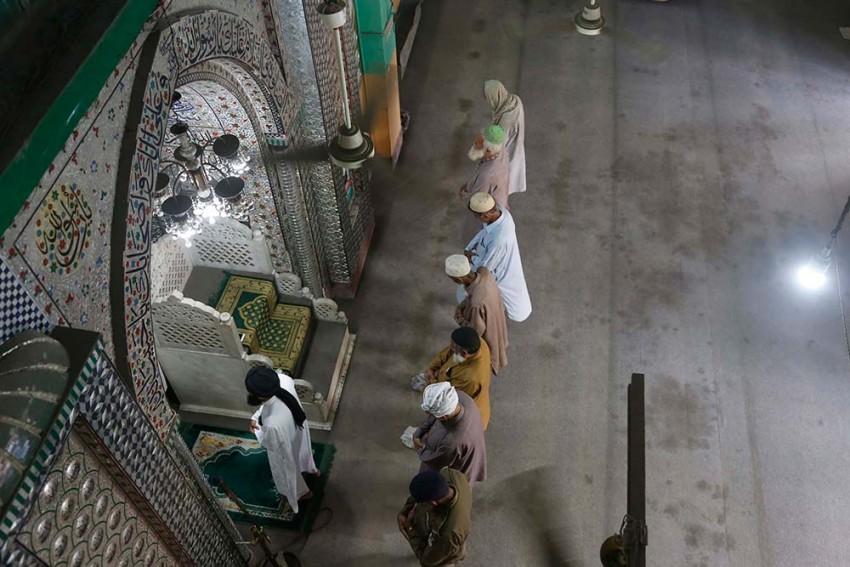 Tablighi Jamaat's Faisalabad Chief Dies Of Coronavirus in Pakistan; Over 1,100 Members Infected