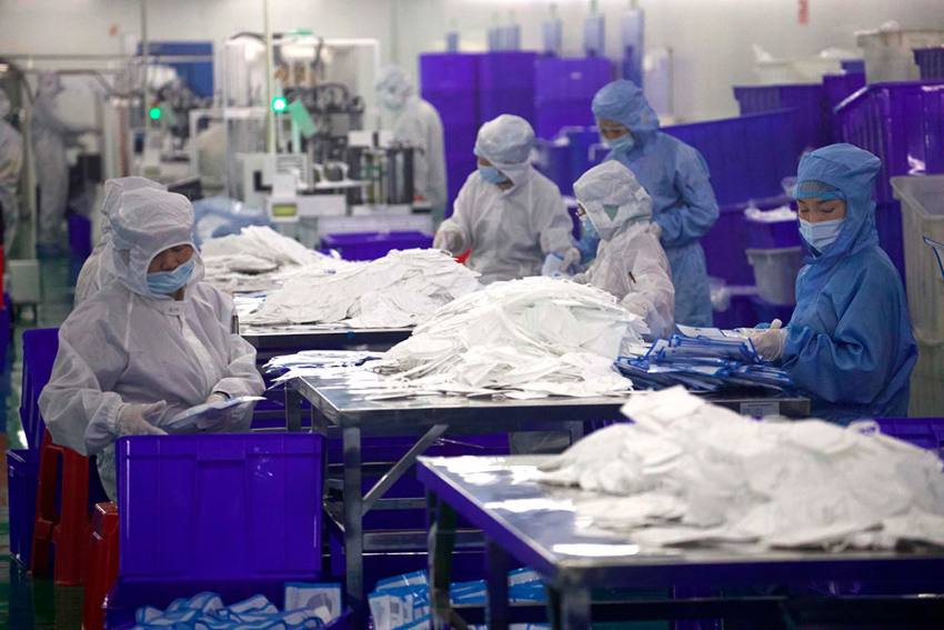 China Not Only Hoarding PPE, But Also Selling At High Price: White House Official