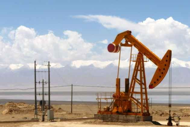 US Oil Prices Rebound, Turn Positive After Crashing To Record Low